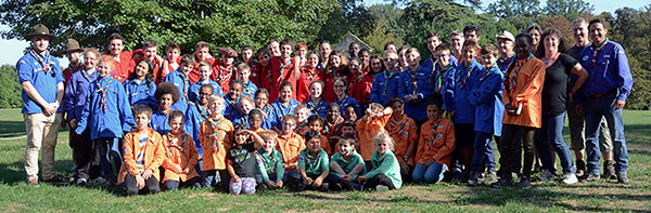 Photo de groupe - Scouts et Guides de Cergy